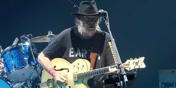 Neil Young Toul4